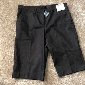 Low rise shorts brown New York & co sz 4